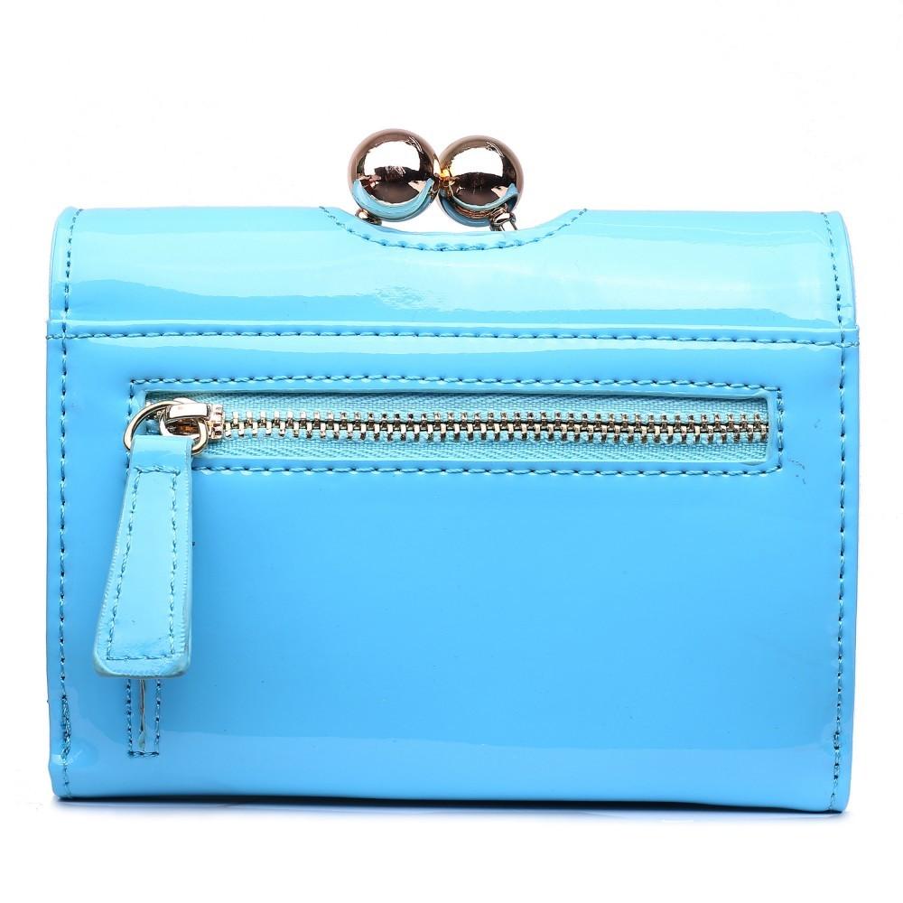 Dámská lakovaná peněženka AUS0210 - světle modrá